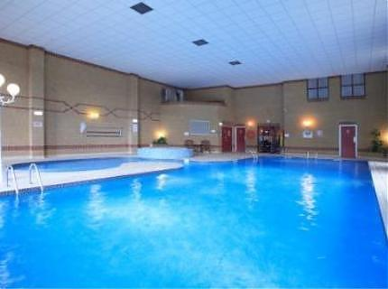Holiday Inn Rotherham Sheffield M1 West Bawtry Road Canklow South Yorkshire S60 4na
